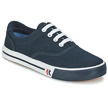 20 mẹo bảo quản và vệ sinh giày sneaker big size luôn như mới.