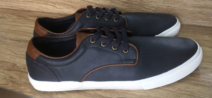 Xu hướng giày nam big size và những cách chơi đùa màu sắc