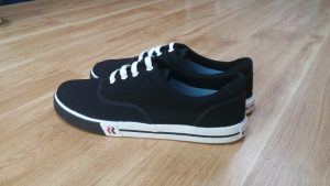 Đôi điều về đôi giày vải big size 4 - Giày Bền