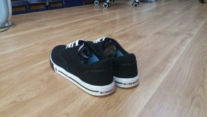 Đôi điều về đôi giày vải big size 5 - Giày Bền