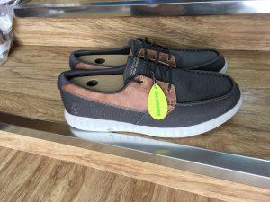 Đôi điều về đôi giày vải big size 14 - Giày Bền