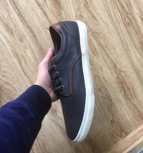 Một số mẫu giày sneaker big size được ưa thích 6 - Giày Bền