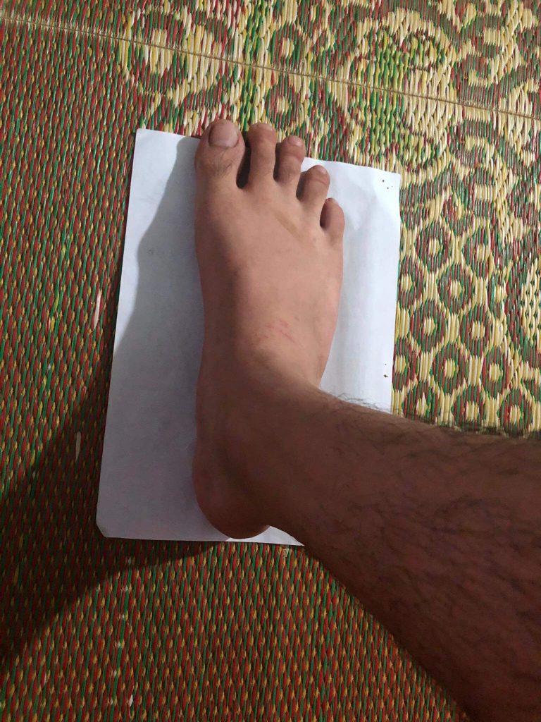 Bàn chân dài